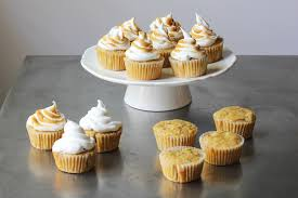maple frosting maple cupcakes with toasted marshmallow frosting