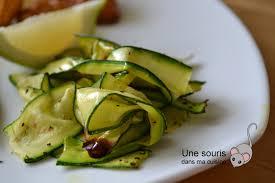cuisiner la courgette une souris dans ma cuisine courgette