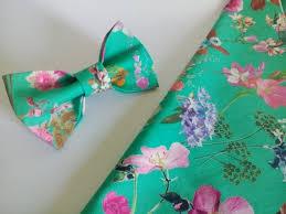 floral bowtie men s bow tie green floral bowtie wedding tie vert noeud papillon