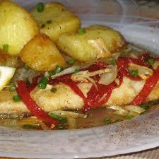 cuisiner filet de colin recette filet de merlu à l espagnole 750g