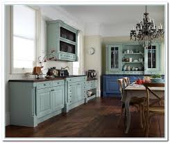 Chalk Paint On Kitchen Cabinets by 33 Best Painted Kitchen Cabinets Images On Pinterest Painted