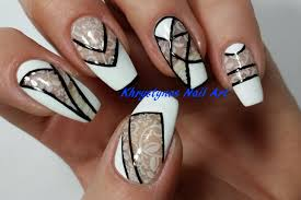 negative space nail art monochrome perfect for short nails 2