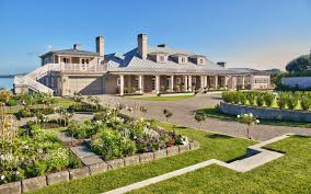 large luxury homes where in the is the billionaire luxury homes hotspot