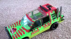 jurassic park car toy jurassic park jungle explorer with blood sampling missiles youtube