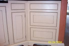 Cabinet Glazing by Specialty Finishes