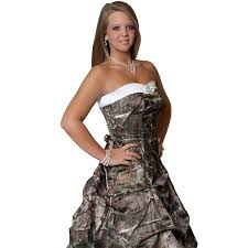 realtree camo wedding gown with detachable train camo formal