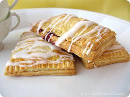 Toaster Strudel Designs Une Gamine Dans La Cuisine Raspberry Pop Tarts