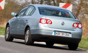 volkswagen passat silver 2010 volkswagen passat bluemotion diesel auto shows news car
