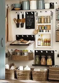 cuisine astuce 6 astuces rangement et gain de place dans une cuisine