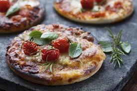 cuisine az pizza recette pizza margherita fantaisie recette pizza recette pizza