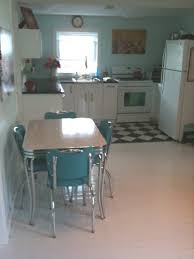 Retro Kitchen Table And Chairs Home Design Styles - Kitchen table retro