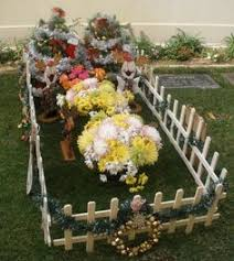 Cemetery Christmas Decorations Holy Cross Cemetery Grave Side Pinterest Holy Cross Cemetery