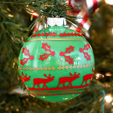 a kailo chic diy it sweater ornaments
