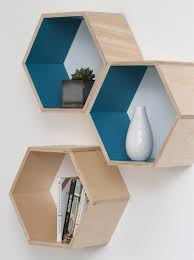 Diy Honeycomb Shelves by The Perfect Way To Add Storage With Personality To A Dorm Room