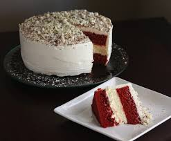 lincoln u0027s red velvet cheesecake cake just looking at it makes