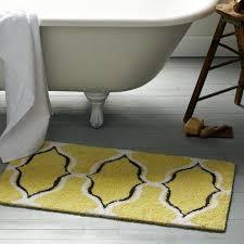 Yellow Bathroom Rug Trellis Geometric Ogee Chain Bath Mat