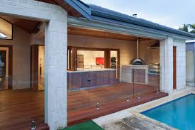 Chic And Trendy Backyard Designs With Pool And Outdoor Kitchen - Backyard designs with pool and outdoor kitchen