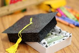 gifts for graduating seniors 25 diy gifts for grads