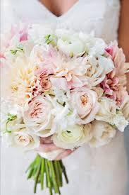 diy wedding bouquet how to avoid diy wedding flowers disaster topweddingsites