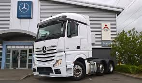 lexus gs300 for sale leicestershire used mercedes actros 2551ls auto tractor heavy haulage for sale