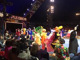 cbs thanksgiving day parade big apple circus clowns around for macy u0027s thanksgiving day parade