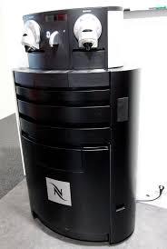 nespresso bureau machine a cafe de marque nespresso gemini cs200 pro et meuble a
