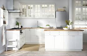 mobilier cuisine ikea cuisine laxarby ikea moderne diy ikea kitchen with laxarby cabinets