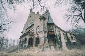 spooky texture 6 most terrifying and haunted places in canada