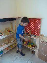 fabriquer cuisine enfant cuisine pour enfant carrement maman