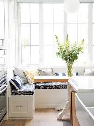 banquette de cuisine 15 raisons d installer une banquette dans votre cuisine maison et
