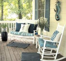 How To Decorate A Patio Best 25 Front Porch Seating Ideas On Pinterest Front Porch
