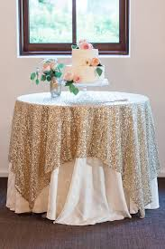 Table Runners For Round Tables How To Wear Sequin Cloth Of Wedding Table U2013 Weddceremony Com
