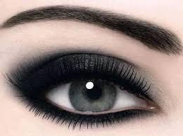 black silver smokey eye