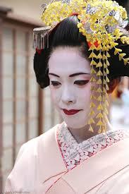 Japanische Hochsteckfrisurenen by Kanzashi Japans Traditioneller Haarschmuck Japanwelt De