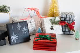 gift wrapped boxes easy gift wrap ideas