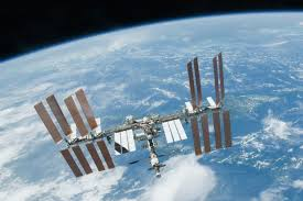 How Fast Does The Space Station Travel images Getting rockets into space science learning hub jpg