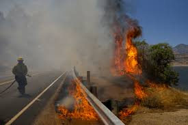 Wildfire California 2016 by Elderly Couple Dead 80 Homes Burn In California Wildfire