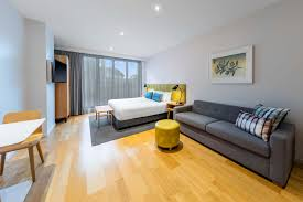 adina apartment hotel auckland britomart best rate guaranteed