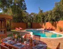 Backyard Safari Company - mara bush homes the luxury safari company