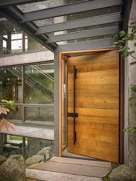 porte d ent de cuisine porte d entrée contemporaine bois urbantrott com