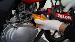 honda cbf 125 oil change youtube