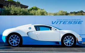 bugatti veyron grand sport bugatti veyron grand sport vitesse wears classic color scheme for
