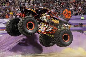 monster truck jam anaheim arranca u201cmonster jam u201d en anaheim mamá noticias