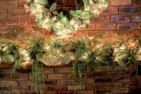 christmas mantel decor christmas mantel decorating ideas amazing christmas ideas