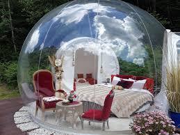 bulle chambre gîte insolite dans une bulle en périgord nuit en bulle