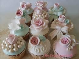vintage rose cupcakes simplycupncakes