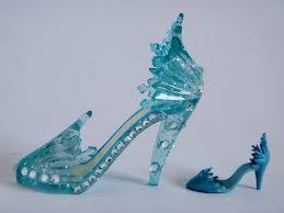 elsa shoe ornament vs le 2500 elsa 17 doll shoe right flickr