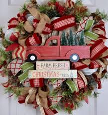 christmas tree truck burlap and mesh wreath with pine branches