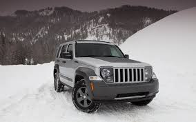 jeep liberty white jeep liberty compact suv car pictures