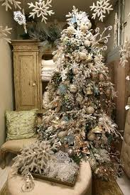Classy Christmas Decorations Online by 45 Best Christmas Gold U0026 Silver Theme Images On Pinterest